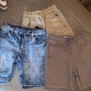 Gap shorts! Great condition! 3 short
